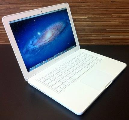 Продам apple macbook 31 white