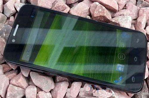 Недорогие 4-ядерные смартфоны на MT6589 - цена - обзор - сравнение - Xolo Q800