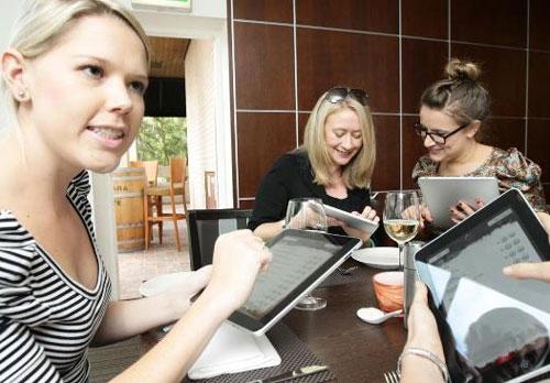 Планшет для онлайн покупок - шопинг в интернете