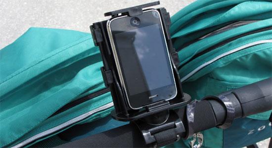 Прикольные аксессуары для смартфонов - держатель Texthook на ручку коляски