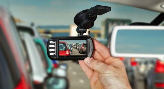 Видеорегистратор с G-Sensor-ом InCarCam 101 или как сделать смарт кар - умный автомобиль своими руками