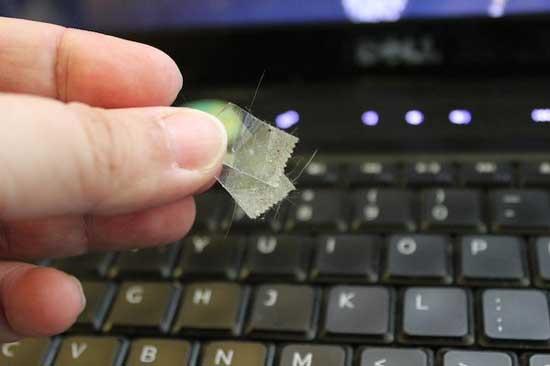 Самый простой и дешевый способ почистить клавиатуру компа
