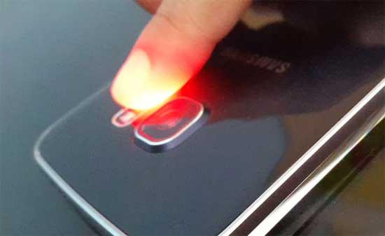 Как отклонить входящий звонок с помощью датчика сердцебиения на Galaxy S6 Edge