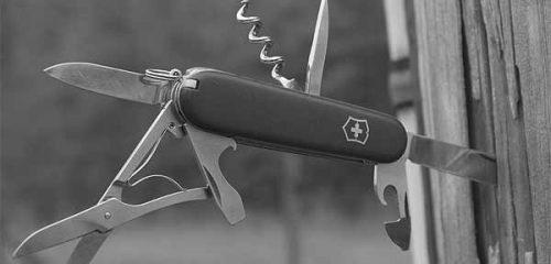 Victorinox military — мастер на все руки [видео]