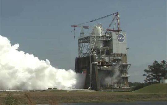Очередной огневой тест двигателя RS-25: 500 секунд [видео]