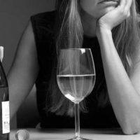 Исследователи подсчитали, сколько счастья дает человеку алкоголь