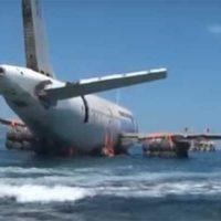 В турецком Кушадасы утопили авиалайнер Airbus A300 — такой бизнес [видео]