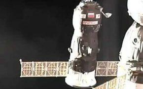 Стыковка грузового «Прогресс МС-04» с МКС [видео]