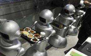 Эксперт: в ближайшие годы роботы отберут у британцев 15 млн рабочих мест [видео]