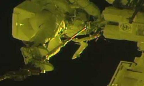 Астронавты сегодня поработали на внешней поверхности МКС [видео]