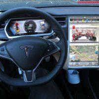 Спорткар Tesla Model S поступит в серийное производство в 2012 году