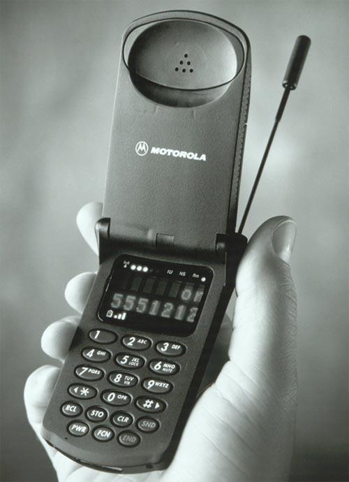 """Motorola StarTac - """"папа"""" всех мобильных раскладушек"""