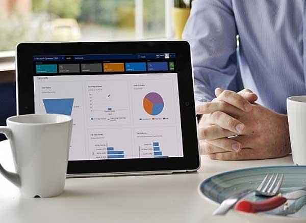 Relationship assistant: Microsoft внедряет интеллектуального помощника для Dynamics CRM