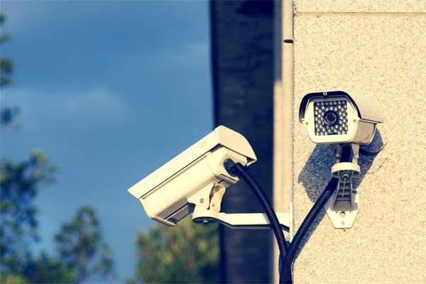 Не менее 70 раз за день среднестатистический британец попадает в объективы камер видеонаблюдения