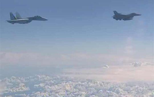 За эту неделю российские истребители 14 раз перехватывали иностранных разведчиков [видео]