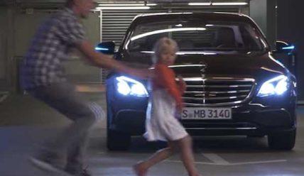 Система беспилотной парковки от Bosch и Daimler в действии [видео]