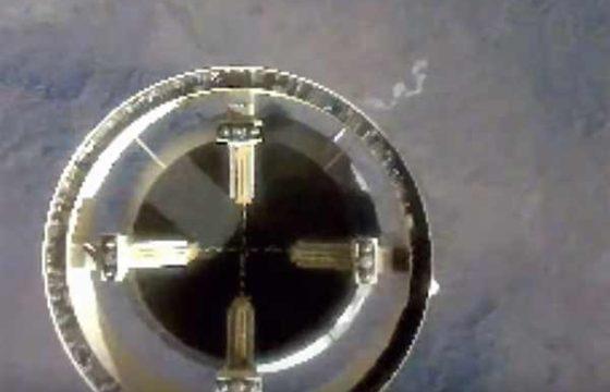 Испытательный полет новой экипажной капсулы суборбитального New Shepard [видео]