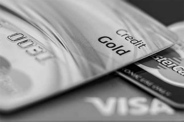 Американские банки запрещают клиентам покупать криптовалюты с кредиток