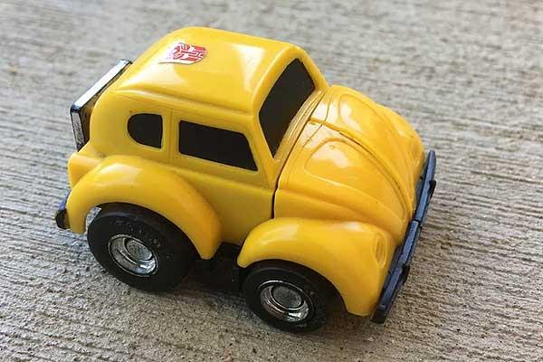 Почему Bumblebee, и почему вытаскивать Трансформеров будет старый VW, а не новая Camaro? #Bumblebee