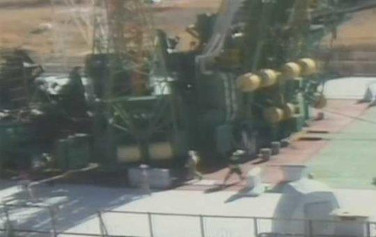 Аварийная посадка экипажного модуля корабля «Союз МС-10» [видео]
