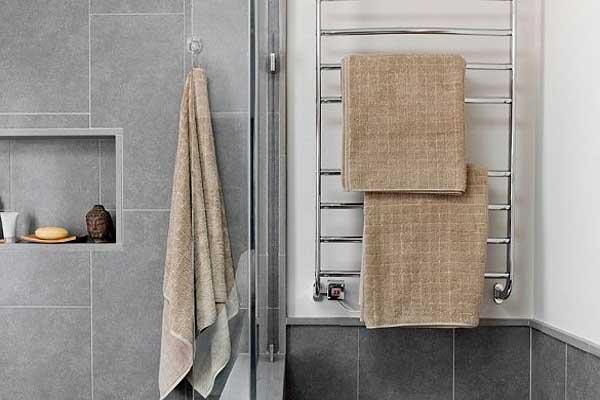 Покупаем полотенцесушитель: на что обратить внимание в магазине?