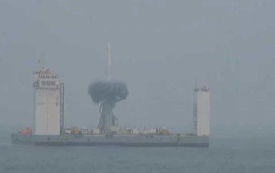 Первый морской старт РН «Чанчжэн-11» [видео]
