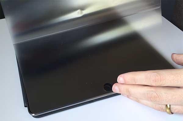 Защитное стекло для рабочего iPad: без него никак
