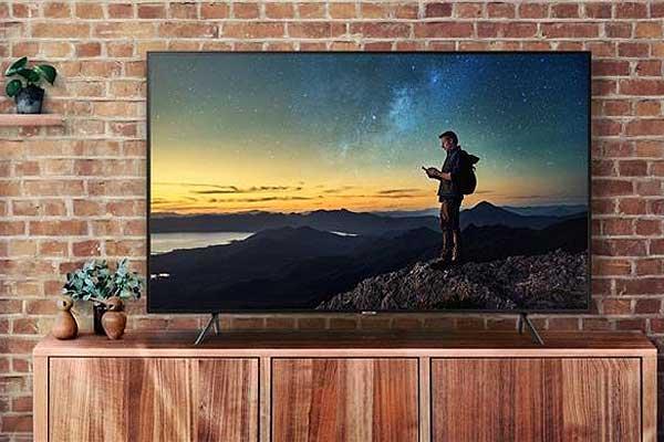 Топ 7 Smart TV до 35 000 гривен - Samsung NU7100