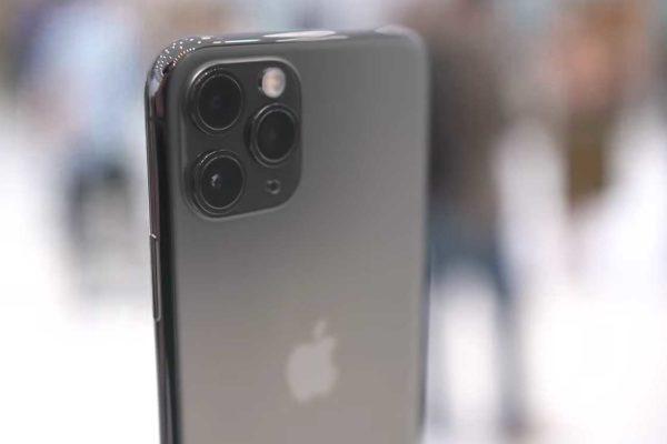 Світу подобаються смартфони, та iPhone 11 подобається найбільше