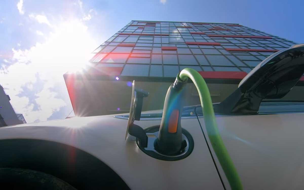 Собственный электромобиль Dyson признала нерентабельным и закрывает проект - батарея электромобиля