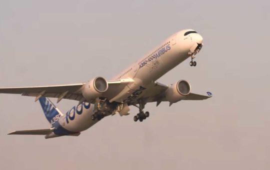 Airbus А350-1000 совершил первый автоматический взлёт [видео]