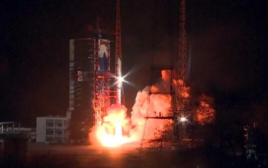 Китайская РН CZ-2D успешно вывела на орбиту 4 спутника [видео]