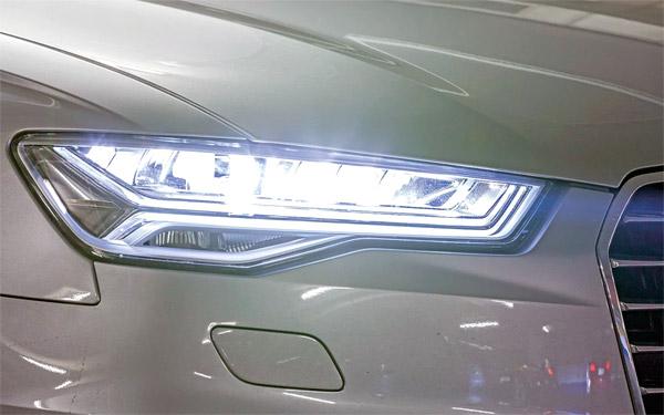 История автомобильных фар - матричная LED фара