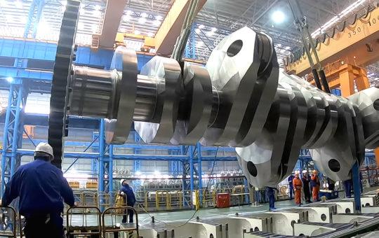 Новый двухтопливный двигатель WinGD X92DF для ультрабольших судов представила CSSC [видео]