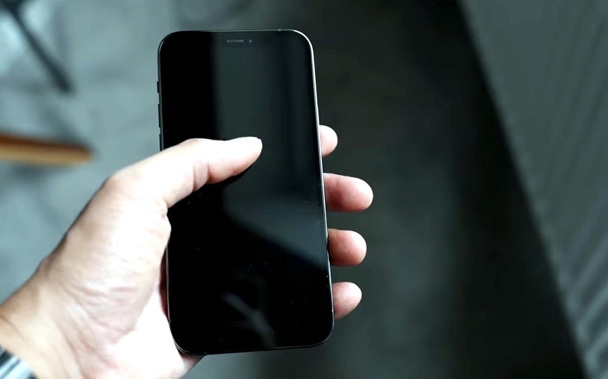 Если iPhone 12 Pro греется от навигатора Waze: что делать? - iPhone анонимно