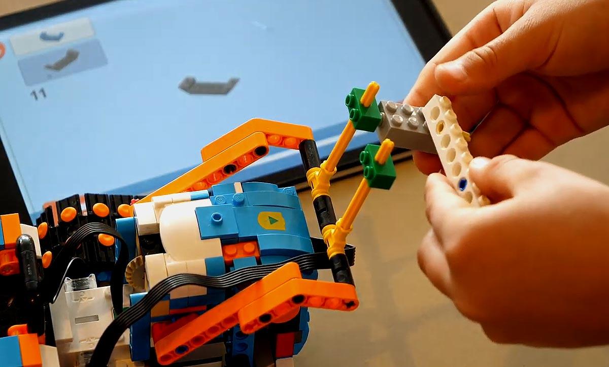 Робототехника для ребенка: как увлечение превратить в развитие