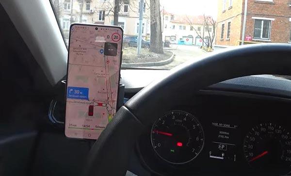 Держатель для смартфона - самый практичный автоаксессуар