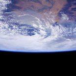 Земля в иллюминаторе … с UHD разрешением [4k-видео]