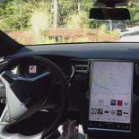 Tesla Motors проапдейтила автопилот [видео]