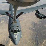 Бомбардировщик B-52 потерял двигатель в ходе тренировочного полета