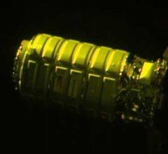 Стыковка грузового Cygnus с МКС [видео]
