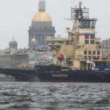 4-й Фестиваль ледоколов в Санкт-Петербурге: новый «Мурманск» и вальс буксиров [видео]