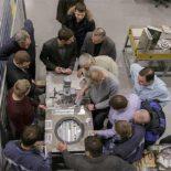 Уникальная установка для сборки и герметизации твэлов создана в АО «ЦКБМ» [фото]