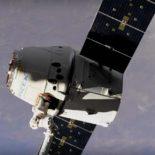 Dragon отстыковался от МКС и успешно приводнился в Тихом океане [видео]