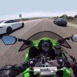 Kawasaki Ninja ZX10R против Tesla Model S: никаких шансов [видео]