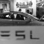 Батареи для электромобилей Tesla планирует производить у себя?