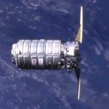 Прибытие грузового Cygnus на МКС [видео]