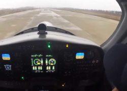 4-местный электросамолет RX4E совершил первый полет [видео]