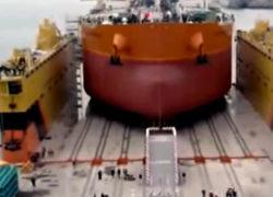 Первый танкер типа Aframax спущен на воду на судоверфи «Звезда» [видео]