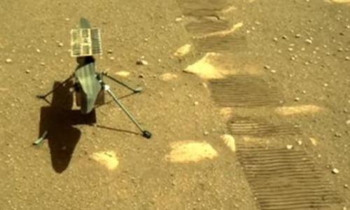 Ingenuity успешно полетал над Марсом [видео]